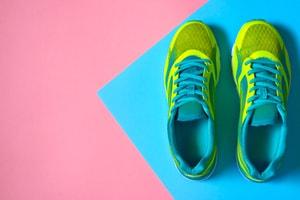 Odeurs de pieds (dans les chaussures)
